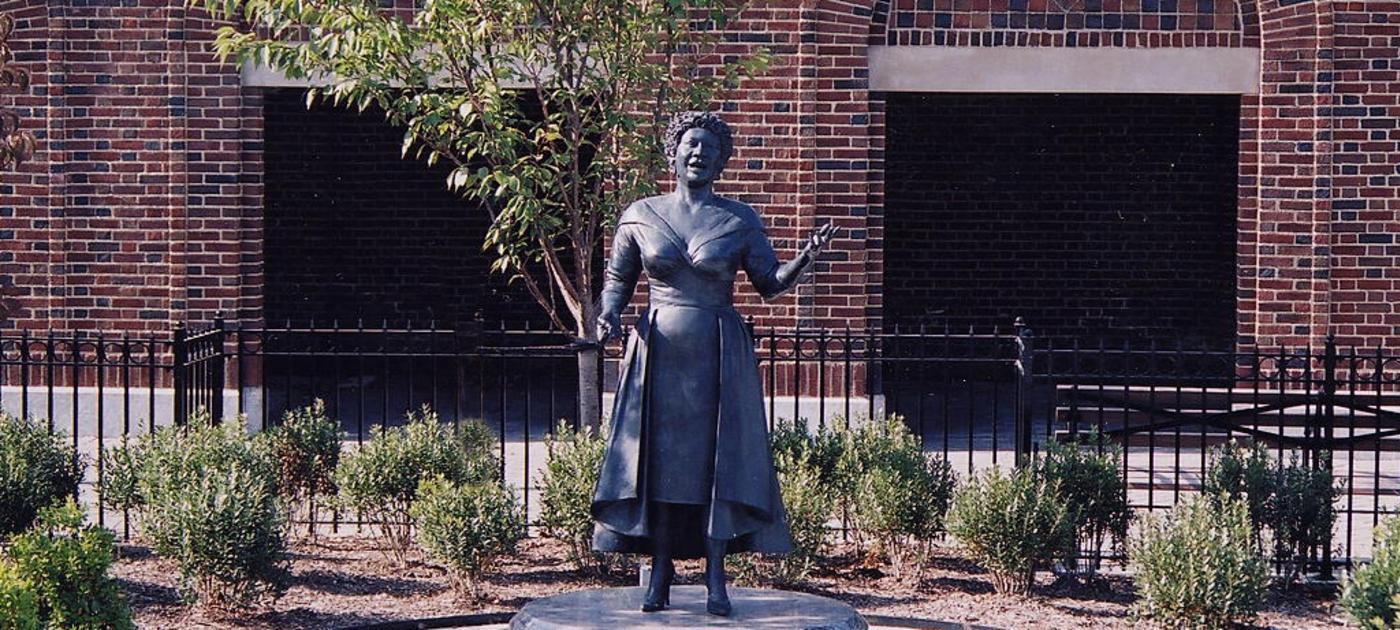 Ella Fitzgerald Statue-2.jpg