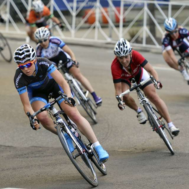 Bike sports CROPPED SQUARE