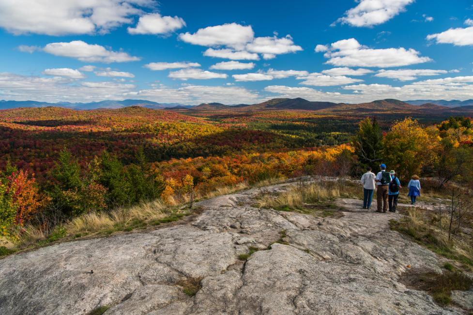 The best places to see fall foliage in new york state for Beautiful places to visit in new york state