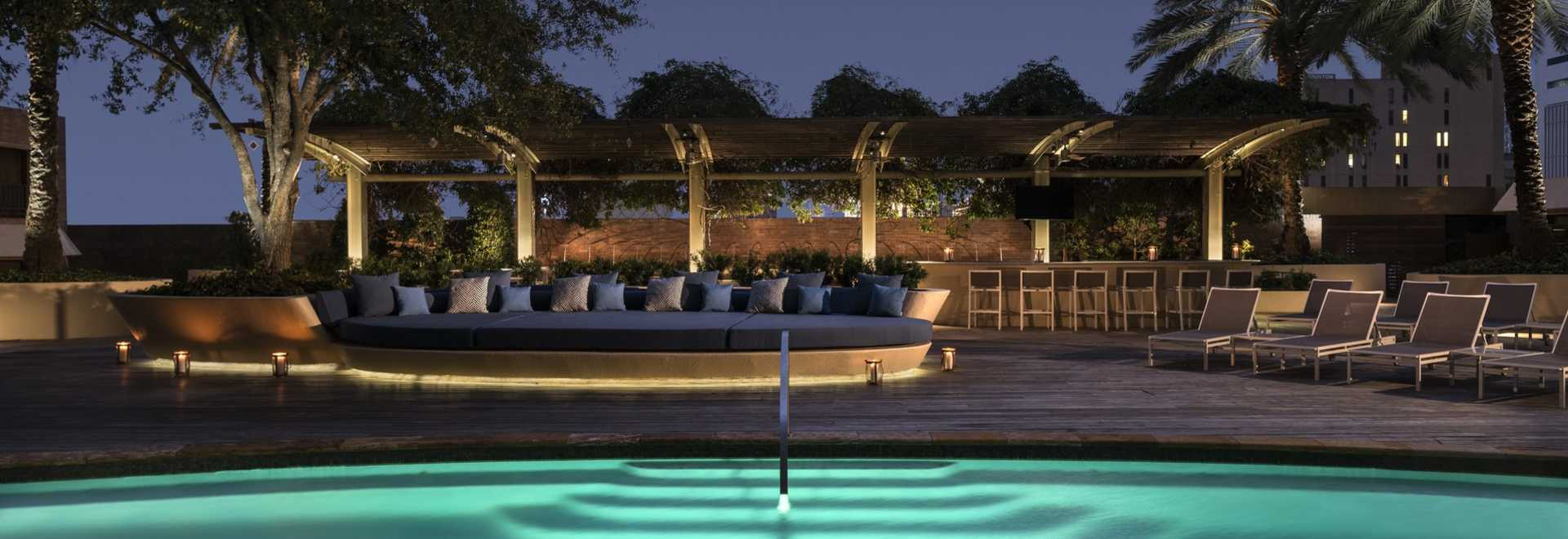 Cool Hotel Pools In Houston Resorts Amp Hotels In Houston