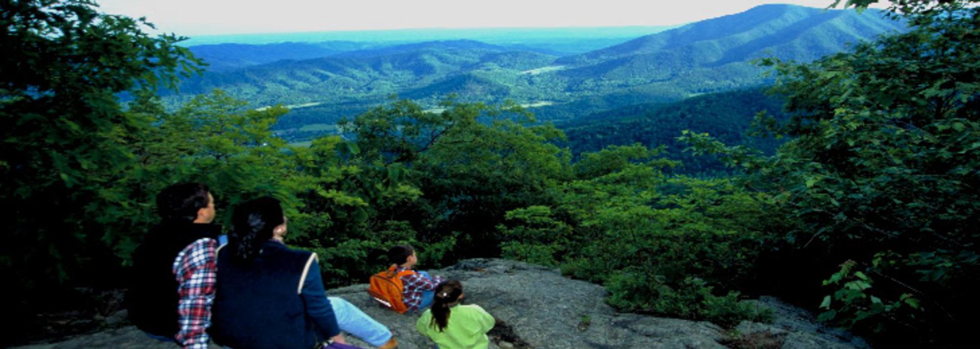 Family Overlook Mountains 2
