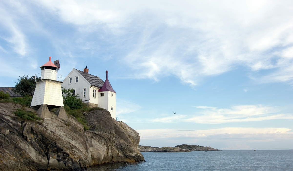 Top Offbeat Places In Norway Official Travel Guide To Norway - Norway lighthouses map