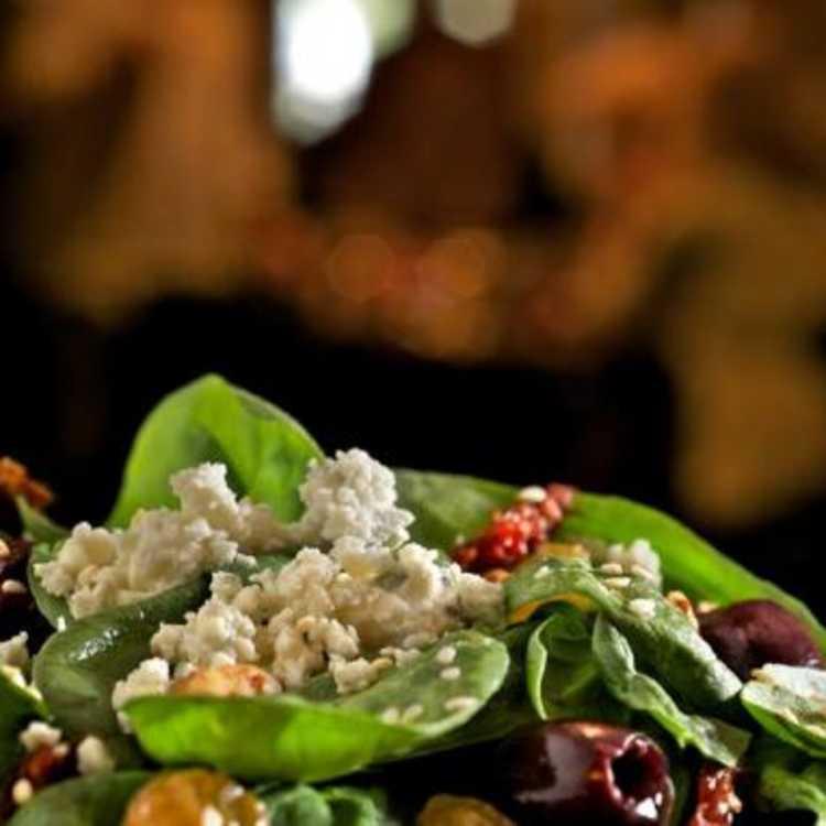 Zea's spinach salad
