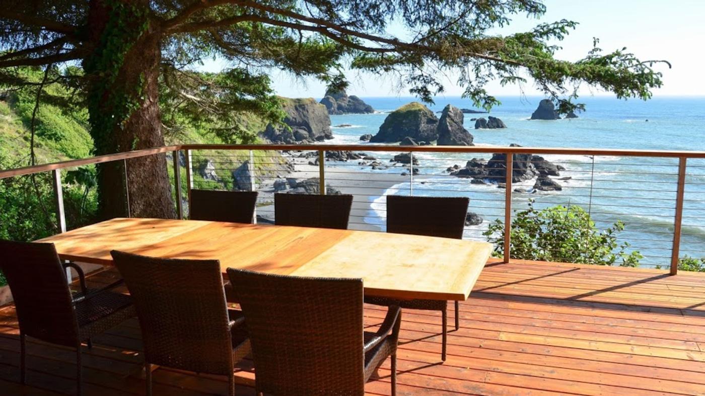 Redwood Coast Vacation Rentals