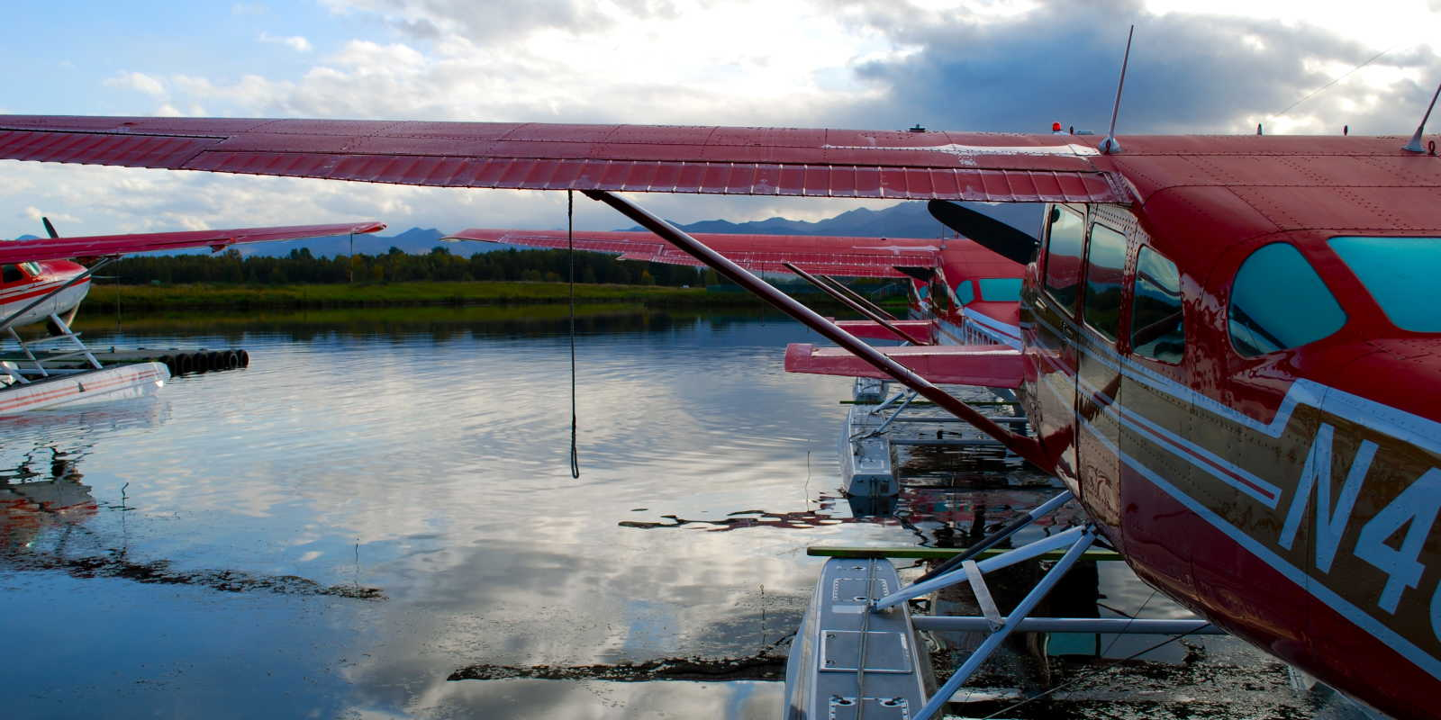 Floatplanes at Lake Hoods wait for sightseeing flights