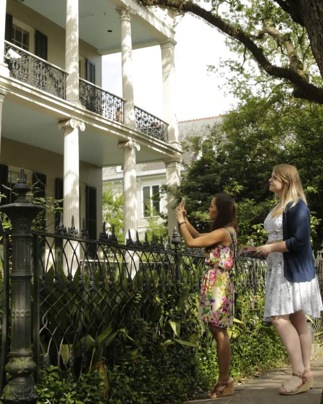 Copy of Walking tour through Garden District