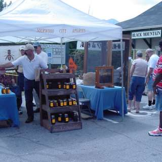 Sourwood Festival Returns to Black Mountain