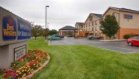 Best Western Inn & Suites Merrillville Exterior