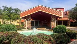 Clarion Hotel Merrillville Exterior
