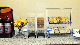 Comfort Inn Hebron Hotel Breakfast