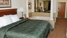 Comfort Inn Hebron Hotel Suite Hot Tub