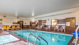 Comfort Suites Hotel Merrillville Pool