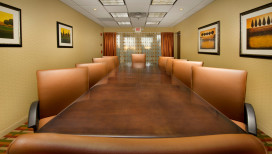 Holiday Inn Express Schererville Hotel boardroom