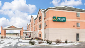 Quality Inn Hotel Merrillville Exterior