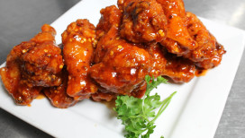 White Rhino Bar and Grill Dyer Wings