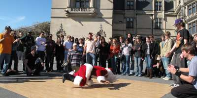 Bboy Santa at Biltmore 2