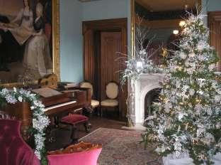 Ashland at Christmas