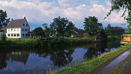 CANALS---Erie-Canal-Village1