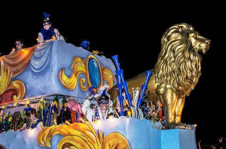Mardi Gras - Krewe of Eve - Gold Lion