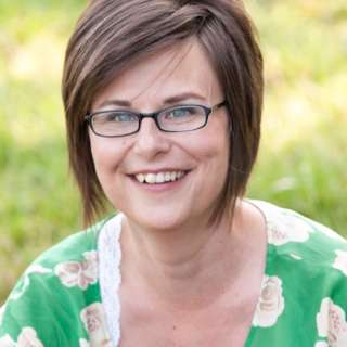 Jodi Helmer Headshot