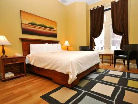 Le Grande-Allée Hôtel et Suites