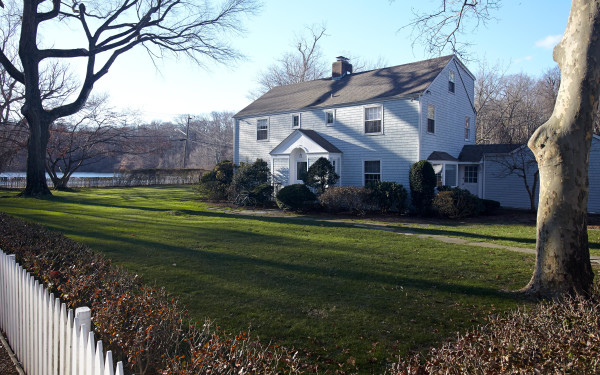 Fordham House Bed And Breakfast