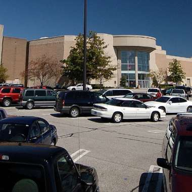 Southlake-Mall-Shopping-Merrillville-Indiana