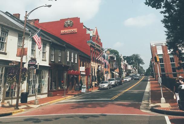 downtown leesburg