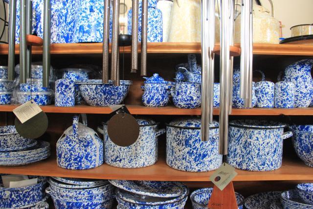 Washburn's General Store Iconic Blue Dishware