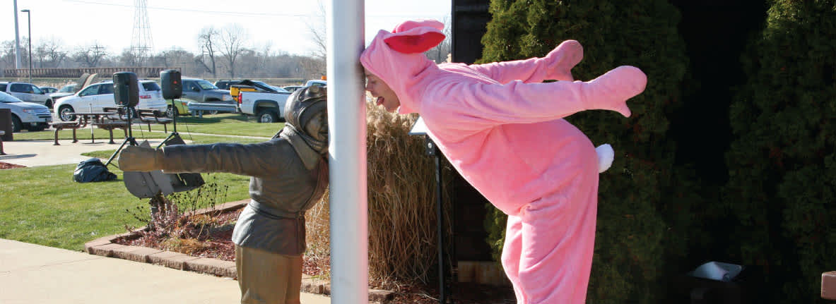 Flick-Statue-bunny-suit-Indiana-Welcome-Center-Hammond