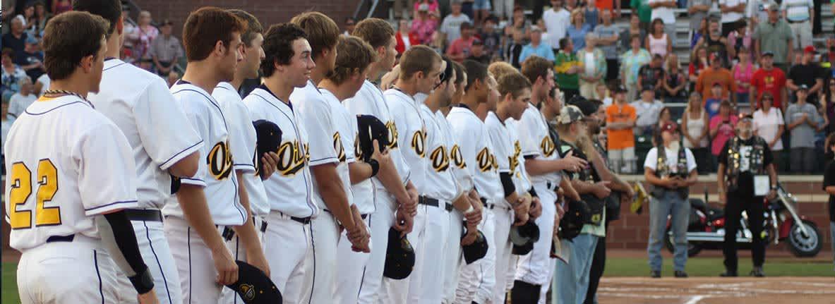 Northwest-Indiana-Oilmen-Baseball-Whiting