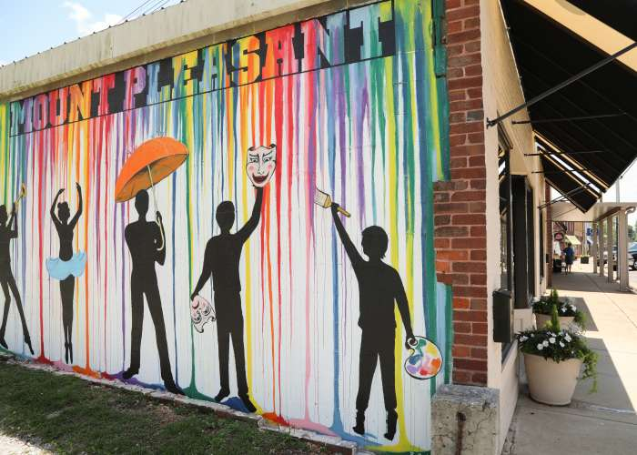 MOUNT PLEASANT MURAL IN DOWNTOWN MOUNT PLEASANT