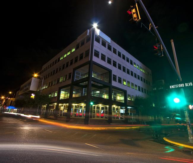 Knutsford Blvd