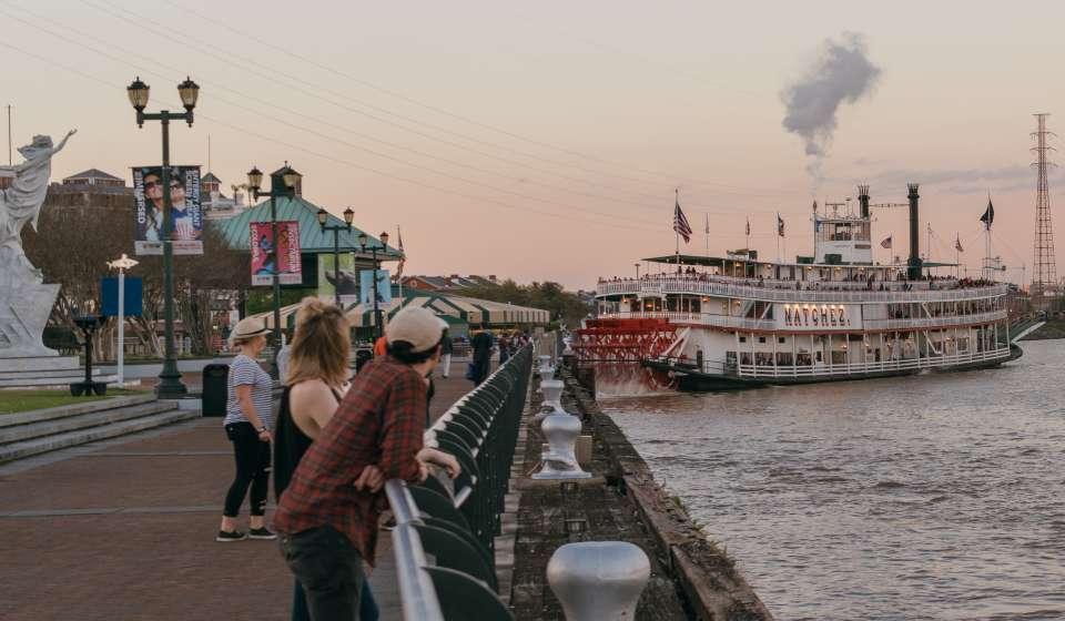 Steamer Natchez from Waldenberg Park - Mississippi River