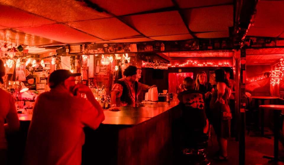 Snake & Jake's Christmas Club Lounge