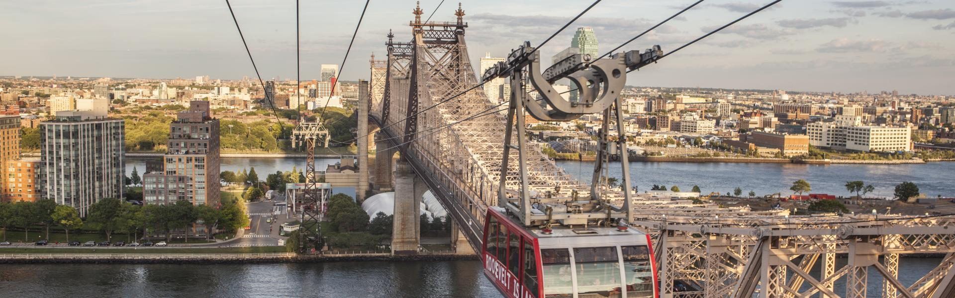 RooseveltIslandTramway_RooseveltIsland_Manhattan_NYC_TaggerYanceyIV_6447