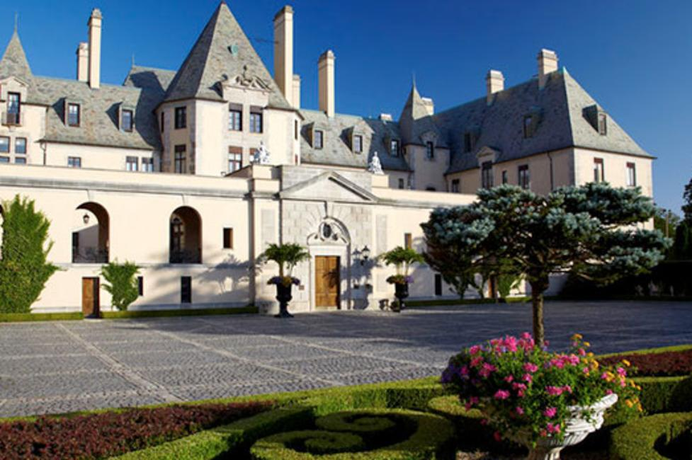Gold Coast Mansion Oheka Castle Photo by Phillip Ennis