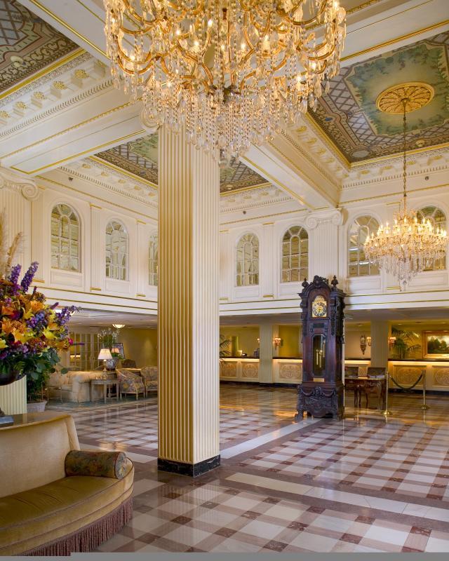 Hotel Monteleone Lobby