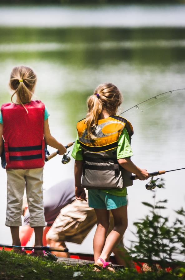 The Stevens Point Area offers a wide variety of fishing options, like the expansive 6,830-acre Lake DuBay, part of the Wisconsin River.
