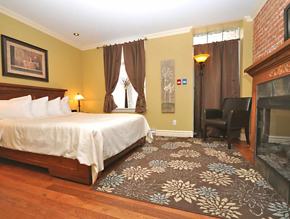 Grande Allee Hotel Et Suites