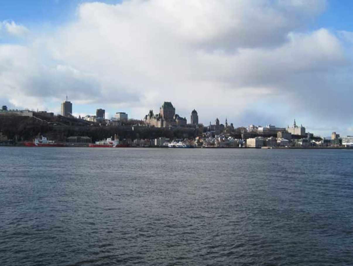 Bureau de change quebec city: timeline: shooting at a quebec city