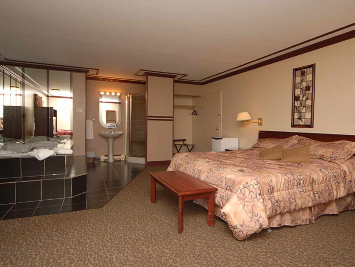 Motel Le Luxembourg Motels Quebec City And Area