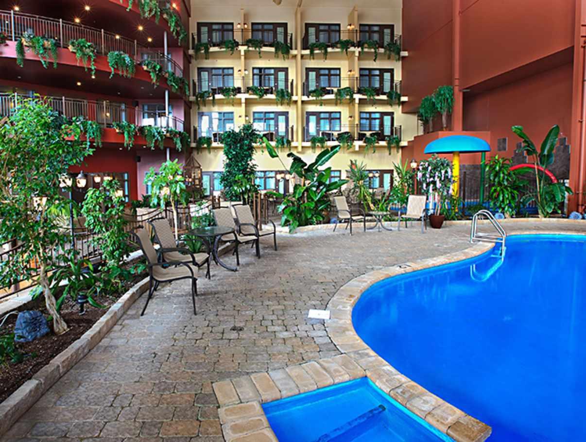 ambassadeur h tel et suites hotels quebec city and area. Black Bedroom Furniture Sets. Home Design Ideas