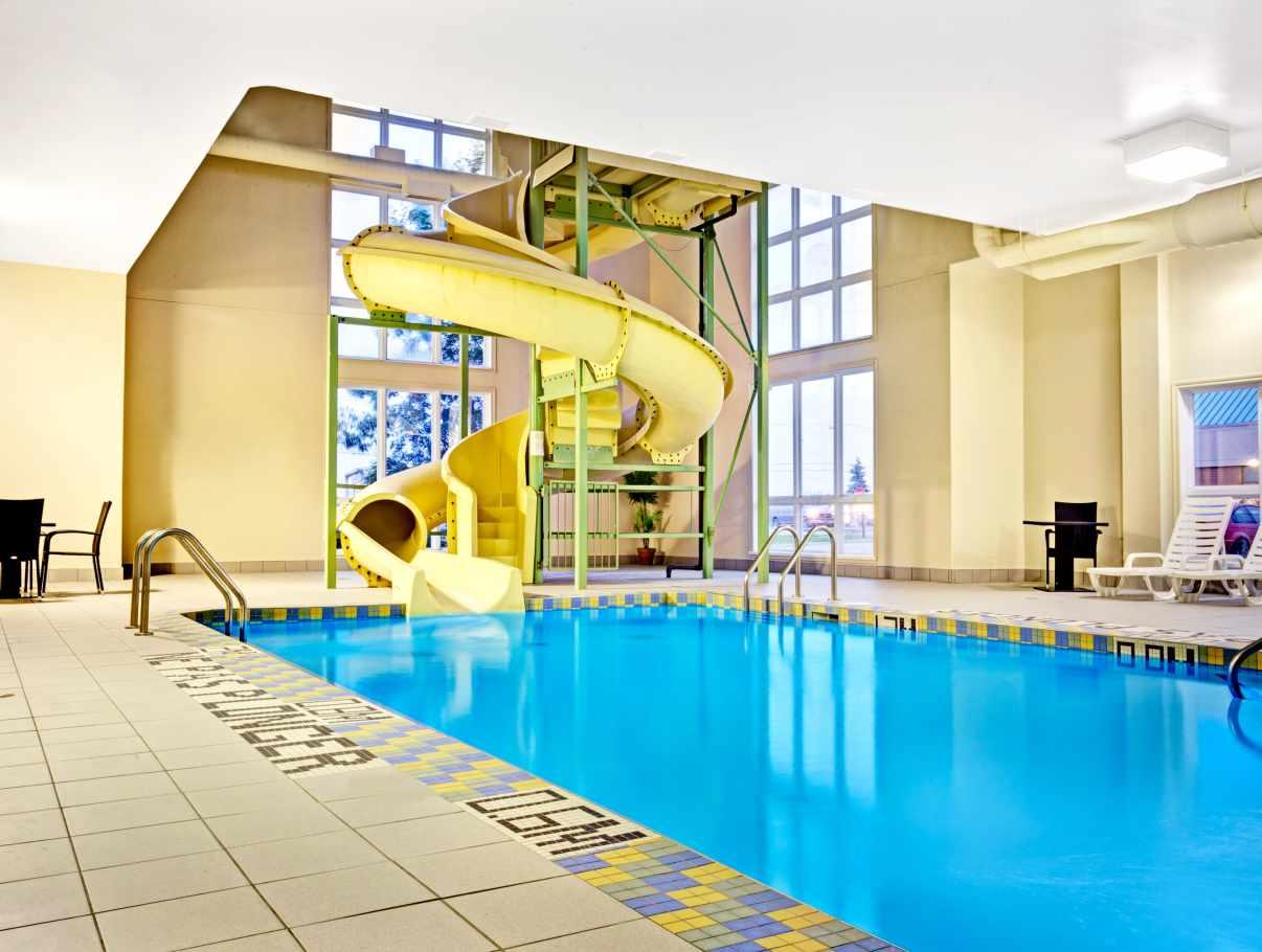 Super 8 Quebec Sainte Foy Hotels Quebec Ville Et Region