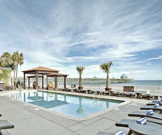 Charleston Beach Hotels Sc Beaches Courtyard Waterfront