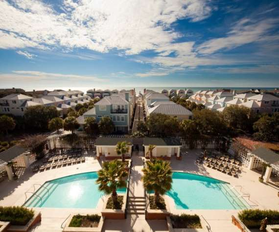Reges Oceanfront Resort Home: Charleston Beach Hotels