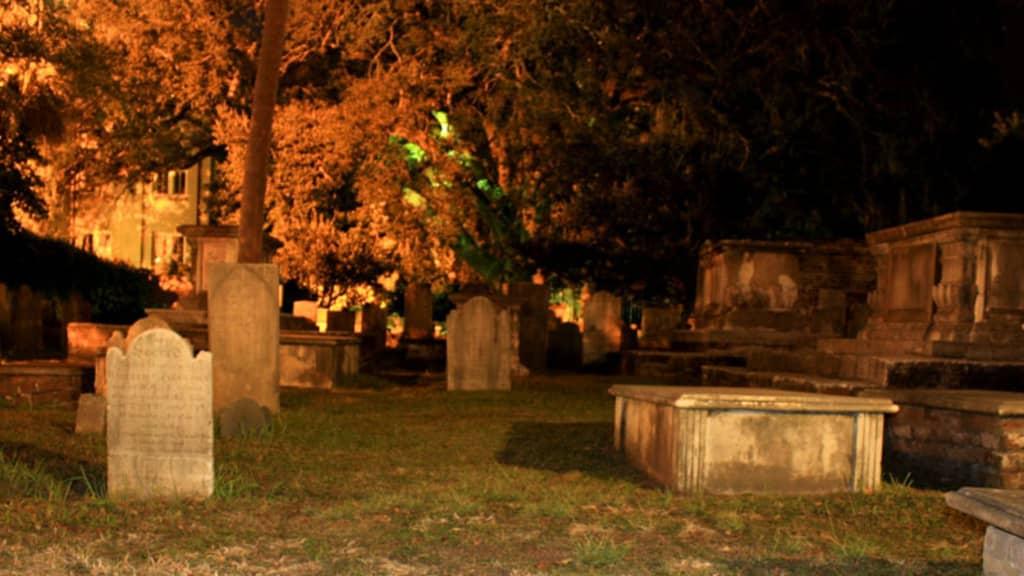 Image of Charleston Ghost & Graveyard Walking Tour