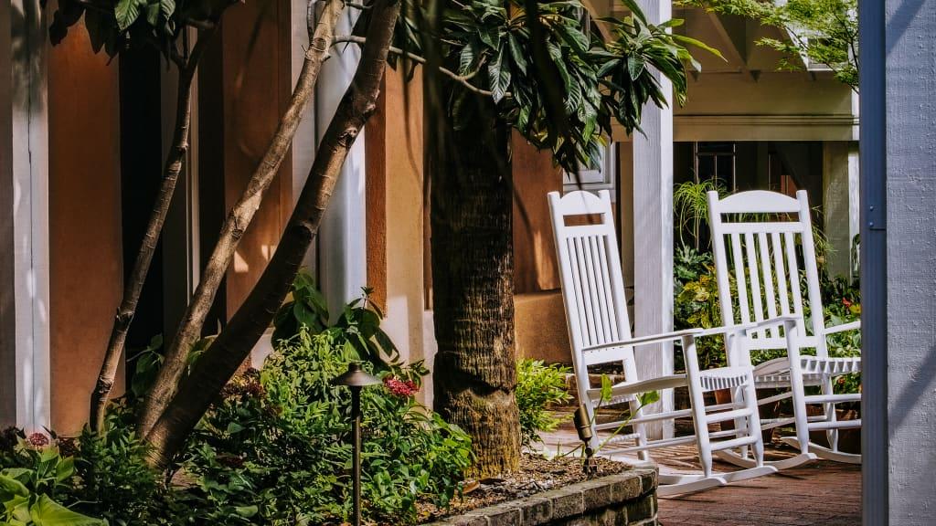 Image of Elliott House Inn