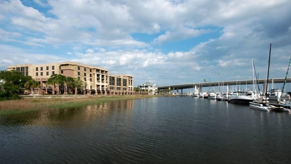 Image of Hilton Garden Inn Charleston Waterfront/Downtown