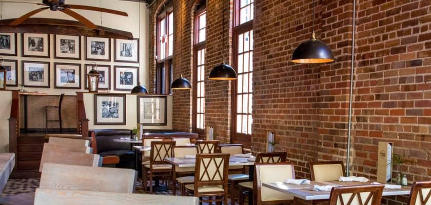 Dining Nightlife In Charleston Downtown Official Charleston Dining Nightlife Guide